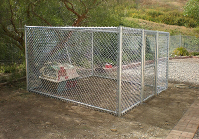 Chain Link Dog Kennel - Orange County